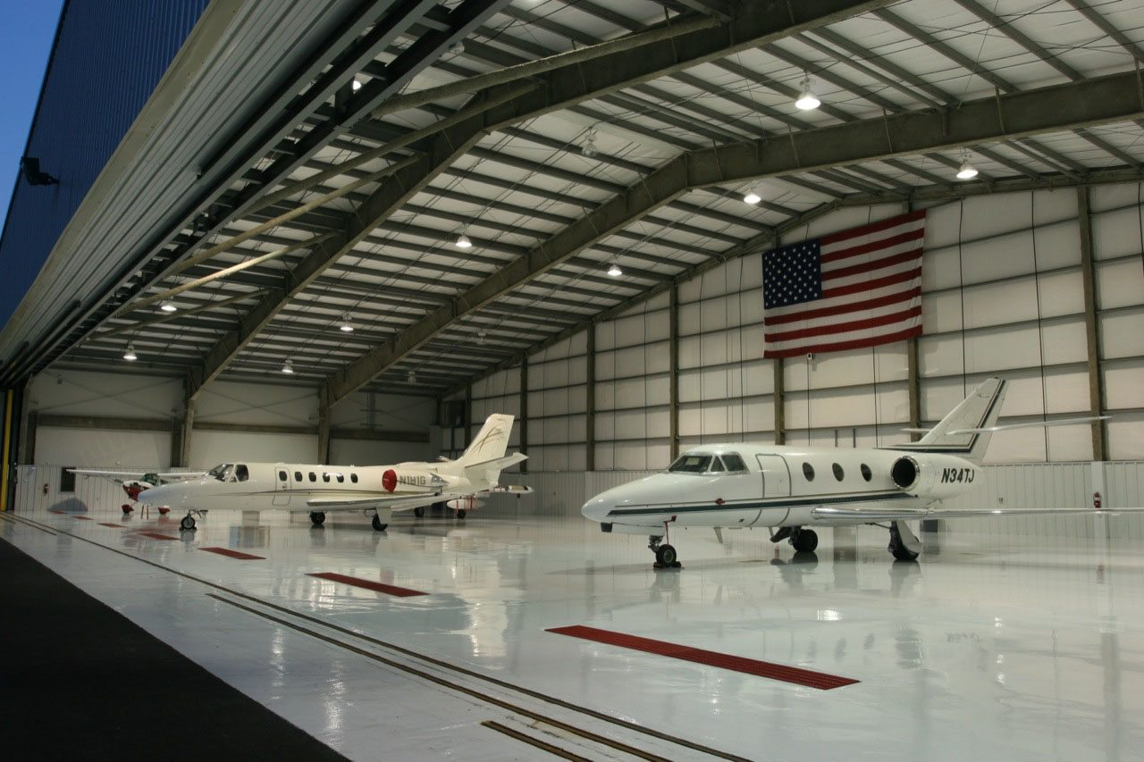 Private aircraft hangar of lafayette jb mouton for Aircraft hanger designs