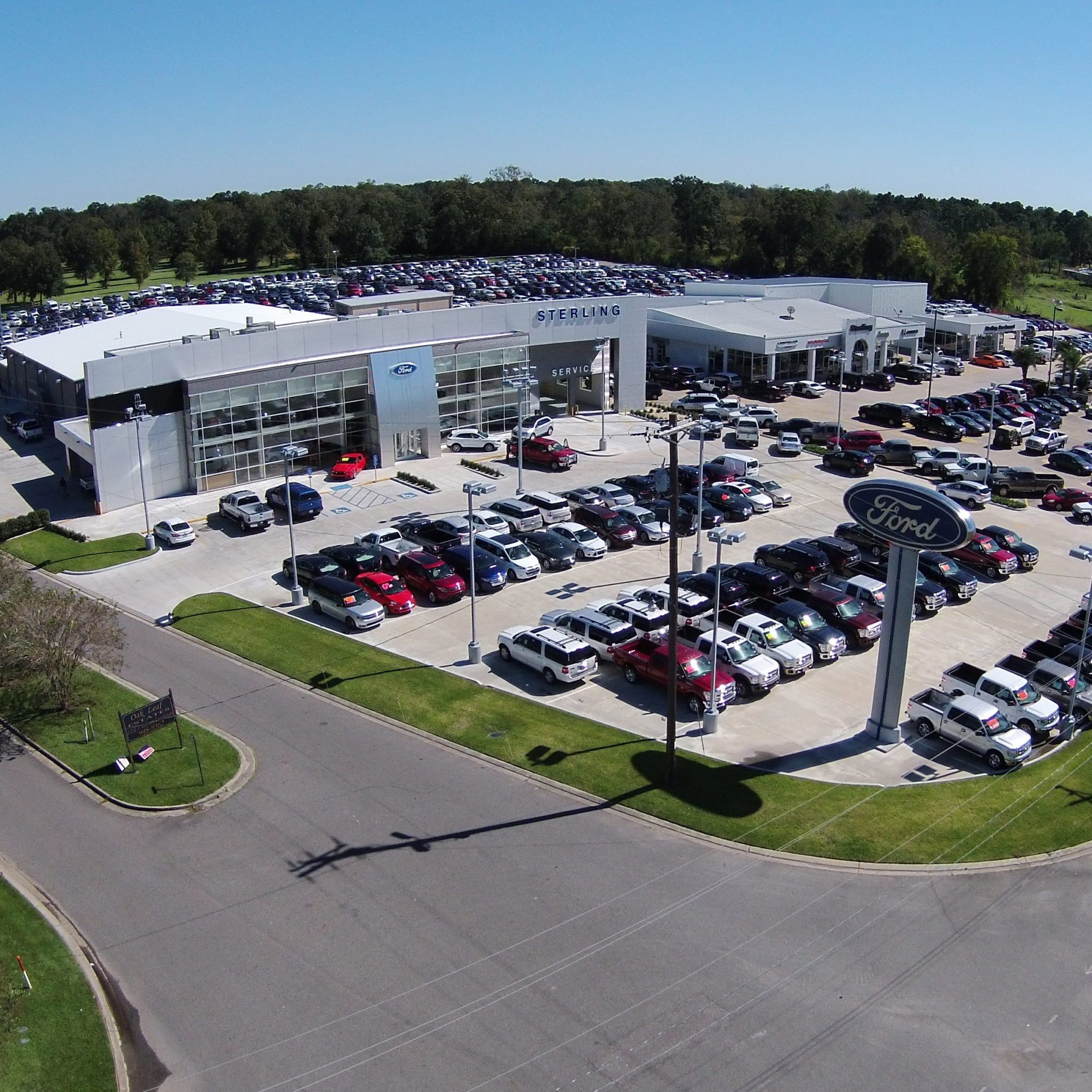STERLING FORD LINCOLN DEALERSHIP